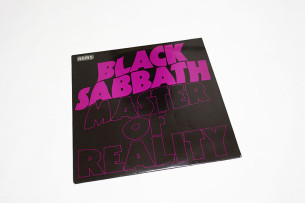 Black_Sabbath_Master_of_Reality2