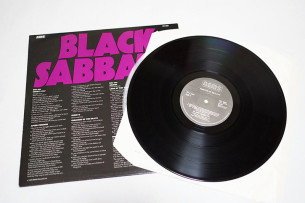 Black_Sabbath_Master_of_Reality4
